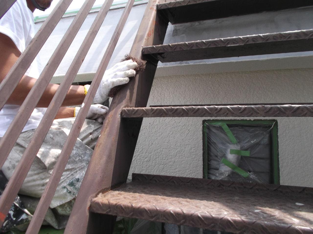 屋上階段鉄部 ケレン